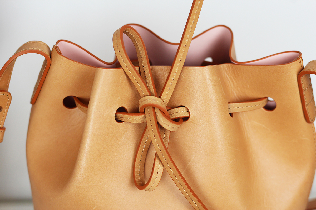 The-Bag-Freak-Mansur-Gavriel-Mini-Bucket-Bag-Cammello-Rosa-Tan-3